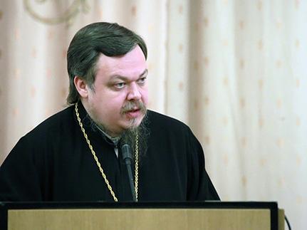 Храмы в Москве — такая же необходимость как школы и детсады, считает Всеволод Чаплин